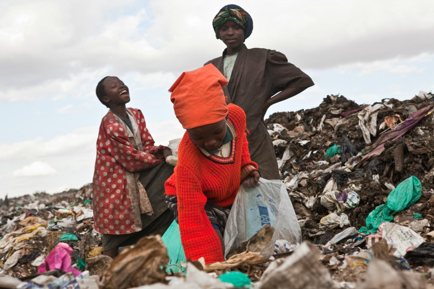 Dandora dump site in Nairobi, Kenya. Image:brendanbannon.com