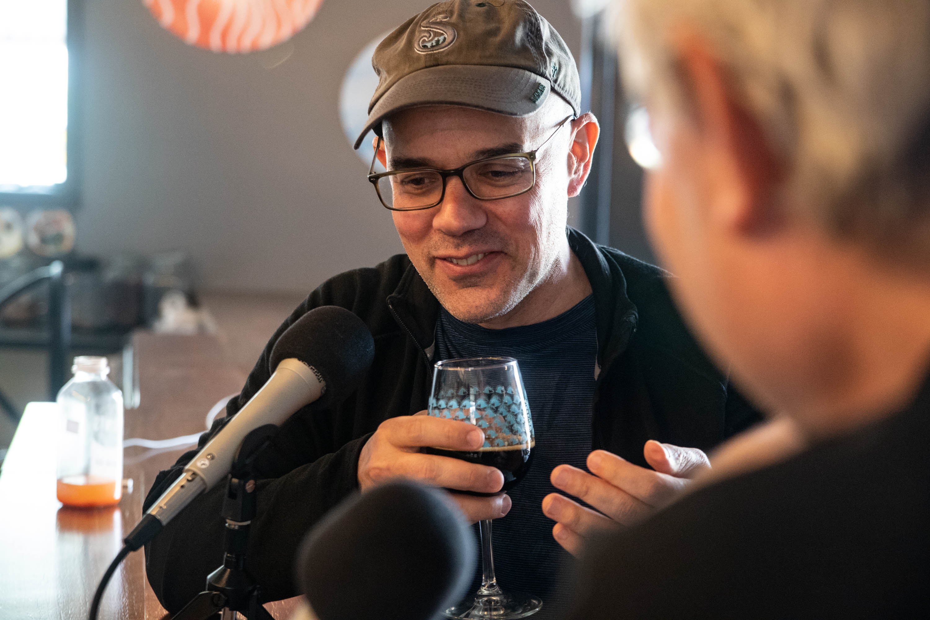 Josh Noel demonstrates his tasting technique while sampling Goose Island Bourbon County Brand Stout (2014 and 2017) at the Funk Factory Geuzeria in Madison, Wisconsin. <em>Mark Riechers (TTBOOK)</em>