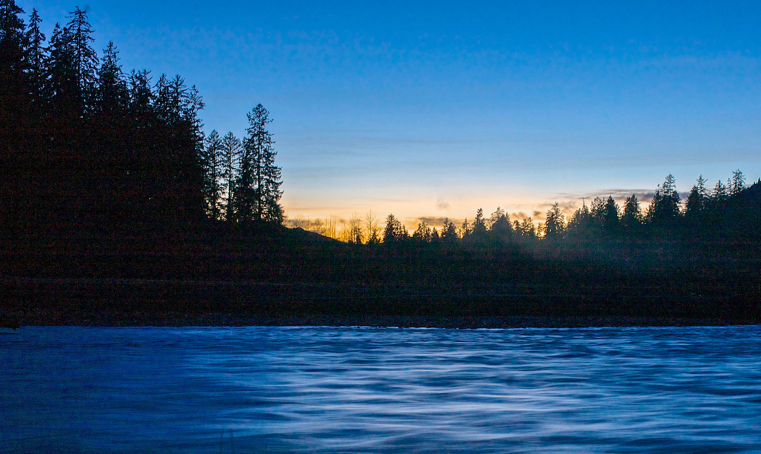 A winter sunset, while wilderness camping up the Hoh River Trail, Olympic National Park. <em>Amanda Castleman©</em>