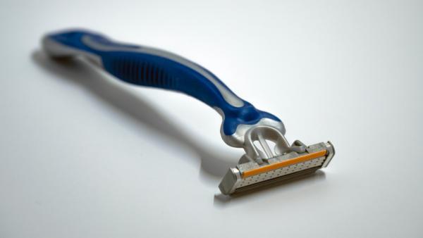 disposable razor