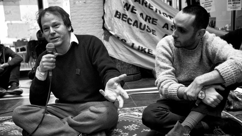 David Graeber speaks at Maagdenhuis occupation