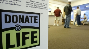 """Donate Life"" sign"
