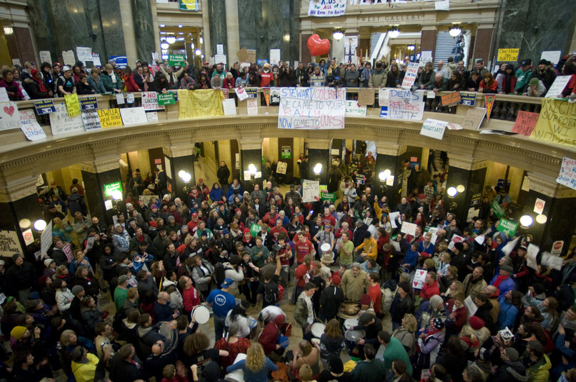Protesters in state Capitol rotunda