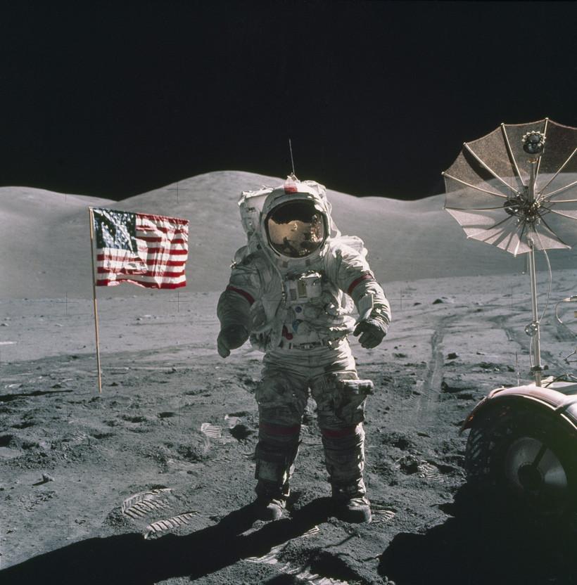 NASA Apollo 17 Space Mission - Astronaut on the Moon