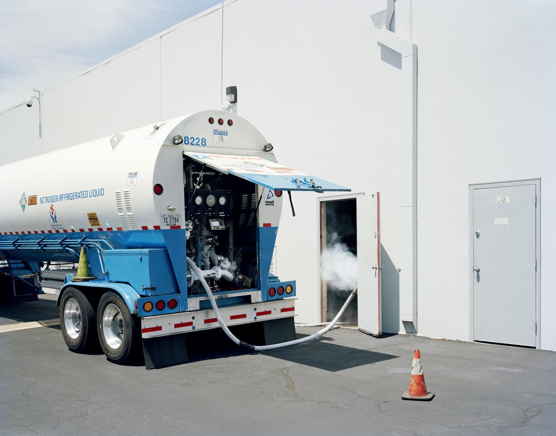 Liquid nitrogen delivery | Alcor Life Extension Foundation, Phoenix, Arizona, USA 2009
