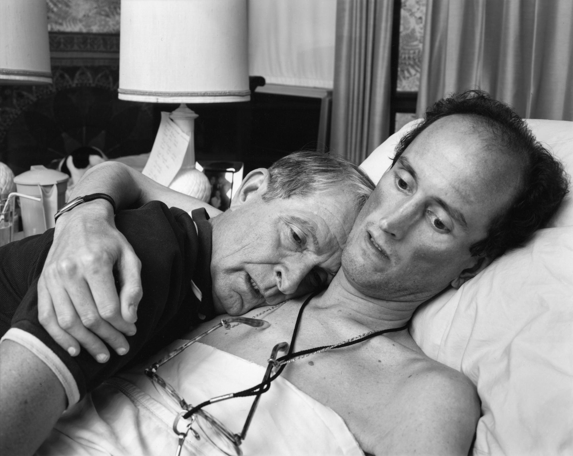 <em>Dr. Robert Sappenfield with his son Bob, Dorchester, 1988 | © Nicholas Nixon, courtesy Fraenkel Gallery, San Francisco</em>