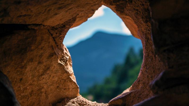 Cave - Jeremy Cantelli