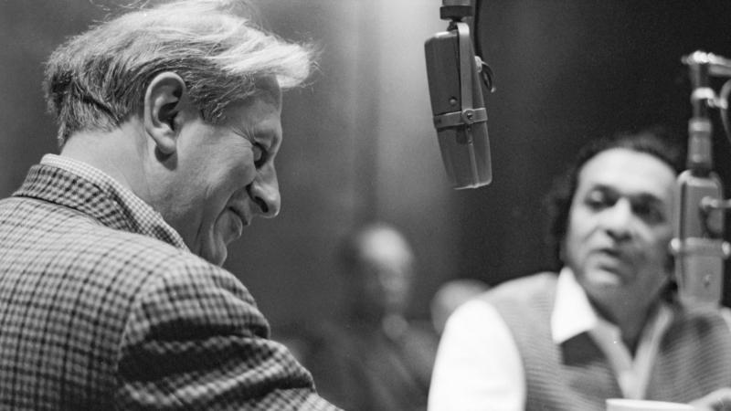 Studs Terkel in studio