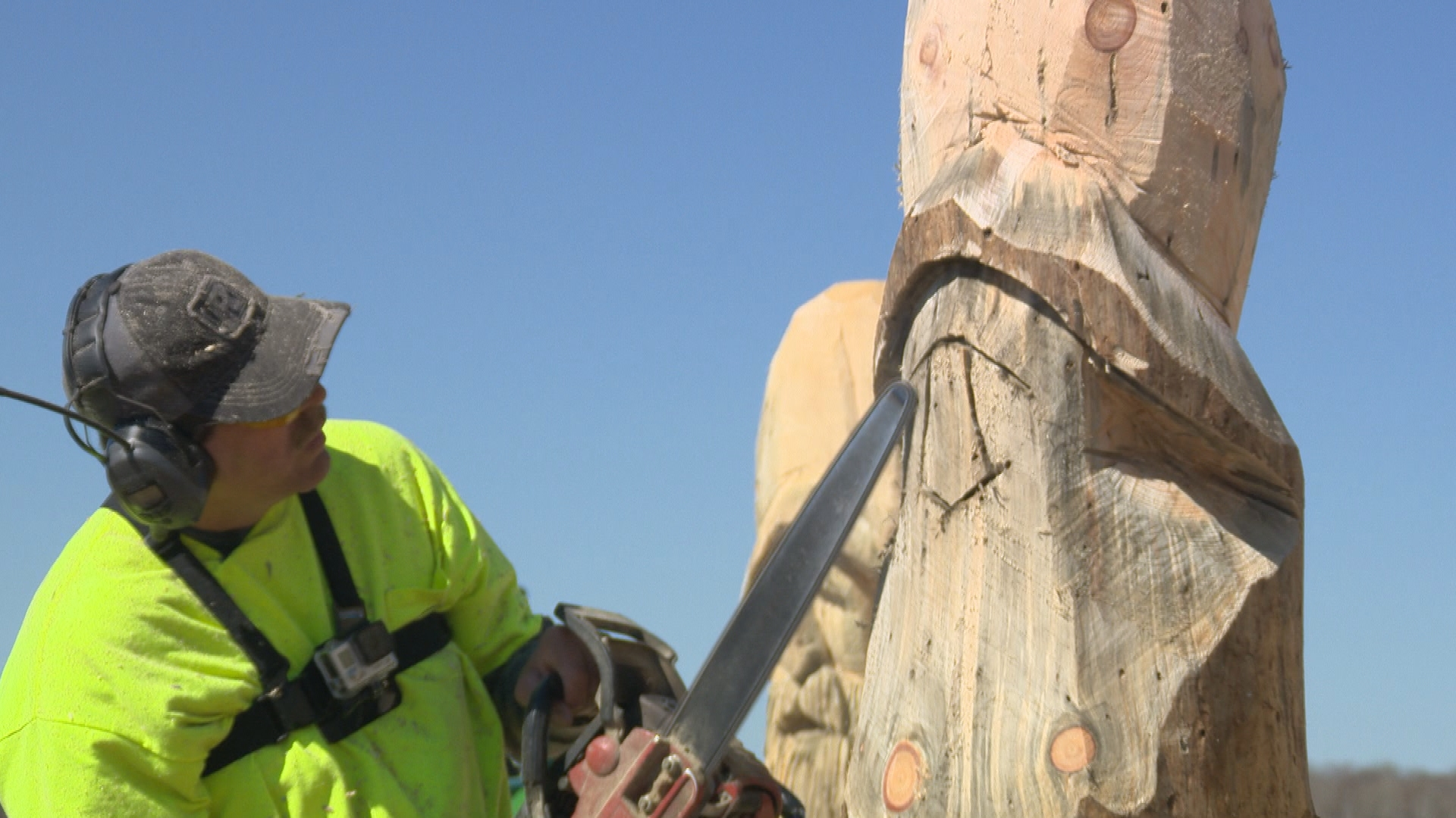 Chainsaw carver creates a buzz for his unusual creations