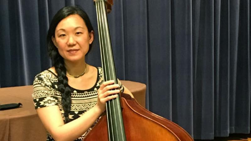 Photo of bassist Linda Oh
