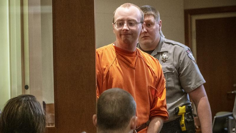 Jake Patterson enters courtroom