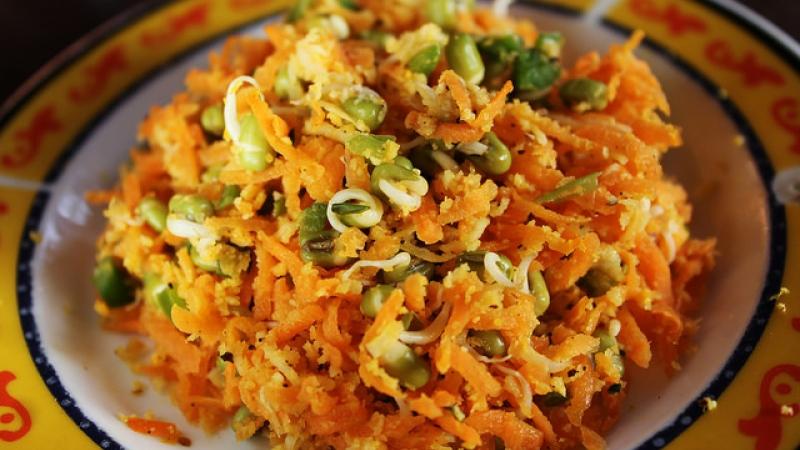 Carrot, Smoked Salmon and Avocado Salad