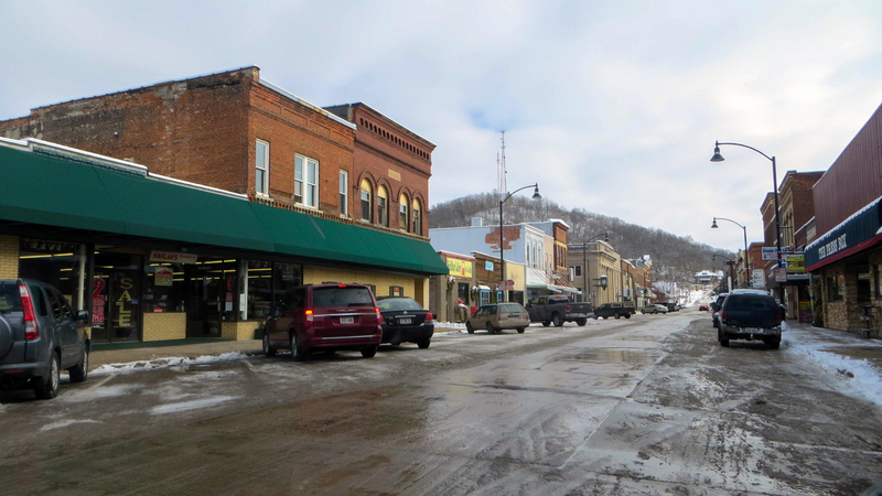 Downtown street in Richland Center