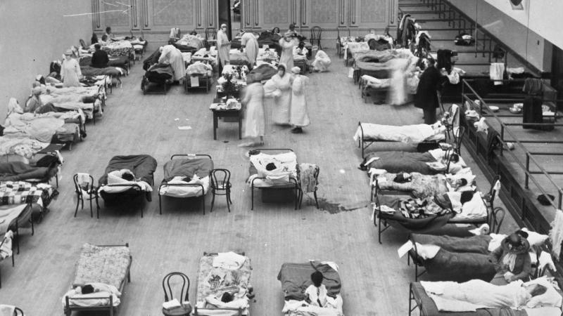 Makeshift hospital during 1918 influenza epidemic
