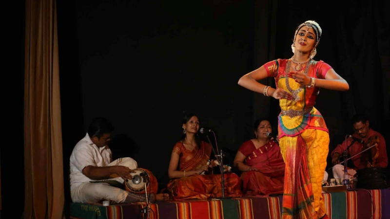 classical dance, Indian, Shruti Parthasarathy, woman, teen