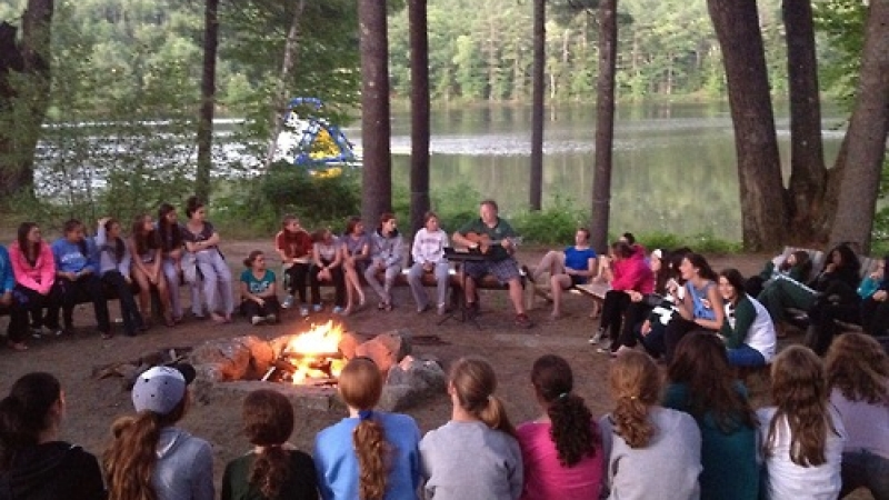 Join the Simply Folk Virtual Campfire!