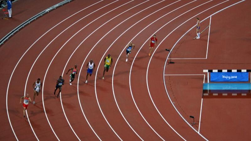 track meet, runners