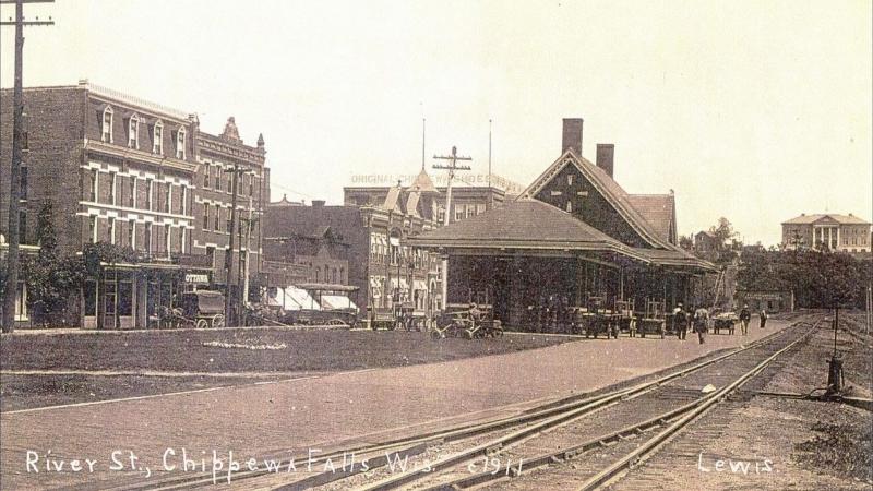 River St, Chippewa Falls, 1911