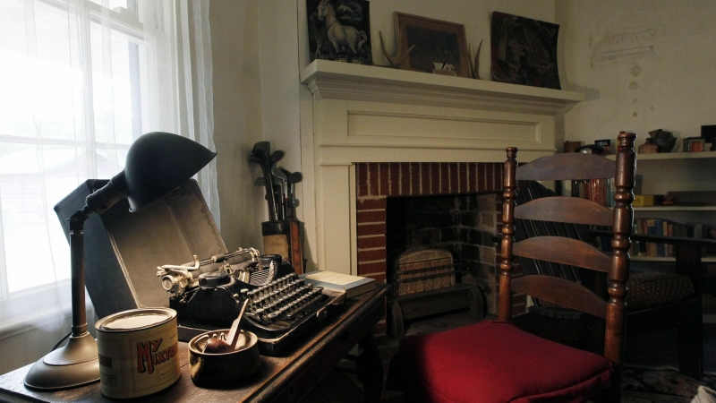 William Faulkner's typewriter on his writing desk