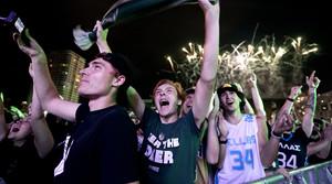Read full article: Photos: Milwaukee Celebrates Bucks' NBA Championship