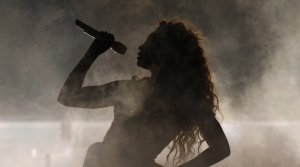 Beyoncé performs in Brazil