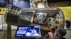 moon landing space craft