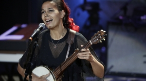 Read full article: Simply Folk Favorites Of 2017: Rhiannon Giddens' 'Freedom Highway'