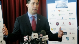 Read full article: Walker Touts Health Plan To Doctors