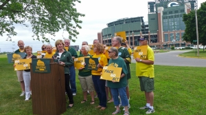 Read full article: Sen. Tammy Baldwin Says Thousands Of Wisconsinites Can't Watch Packers On TV