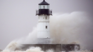 Read full article: Lake Superior Communities Work To Handle High Winds, Waves
