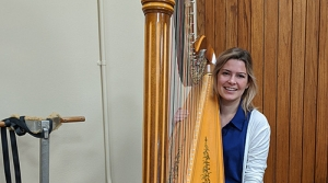 Harpist Jennifer DeRoche