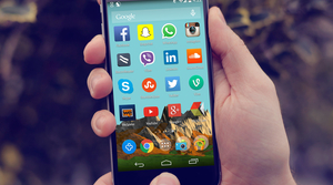 cell phone social media