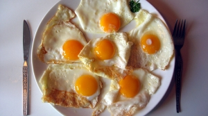 Read full article: Zorba Paster: The Most Important Meal Of The Day Might Be Why You Can't Lose Weight