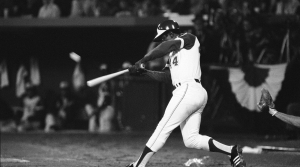 Hank Aaron hits 715th home run, April 8, 1974