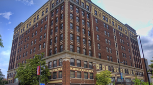 Read full article: Historic Hotel Is Reopening In Downtown Green Bay