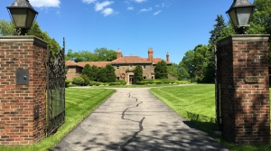 Read full article: Neighbors Campaign Against Milwaukee County Executive's Plan To Raze Historic Mansion