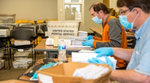 Read full article: Federal Judge Extends Deadline For Mail-In Ballots In Wisconsin