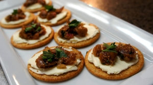 appetizers crackers cheese fig