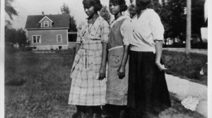 A group of African American women in Beloit in 1920
