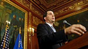 Read full article: Walker Addresses Worker Shortage, Previews Budget Proposals In Madison