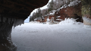Read full article: Visitors To Apostle Islands Ice Caves Will Have To Pay $5 Fee