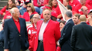 Read full article: Barry Alvarez Will Coach Wisconsin In Outback Bowl