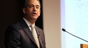 Read full article: Feingold Joins State Department Effort To Improve Great Lakes Of North America, Africa