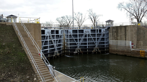 Read full article: Lock Near Chicago Could Become Next Battleground In Fight Against Asian Carp