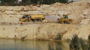 Read full article: Western Wisconsin Town Denies Request To Mine Frac Sand Below Groundwater