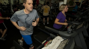 Read full article: Zorba Paster: Put Down Smartphone When Exercising