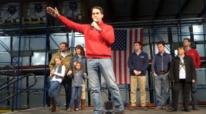 Read full article: Paul Ryan, Rebecca Kleefisch Join Walker On Final Full Day Of Campaigning