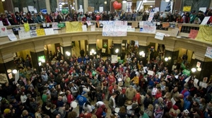protesters in the Wisconsin capitol rotunda