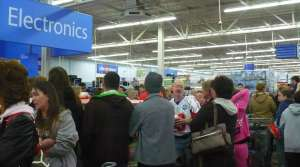 Wal-Mart Black Friday Shoppers