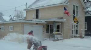 Read full article: Northern Wisconsin communities deal with blizzard aftermath